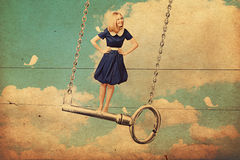 Kunstcollage mit schöner Frau auf Taste Lizenzfreies Stockbild