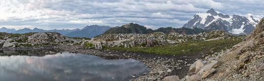 Kunstenaar Ridge Tarn Twilight Panorama royalty-vrije stock foto's