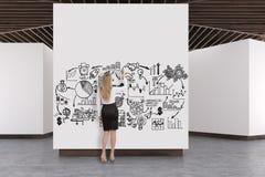 Kunstgalerie concrete vloer, houten plafond, plan Royalty-vrije Stock Fotografie