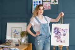 Kunsthobbyblumenmusterzeichnungs-Blumenaquarell Lizenzfreies Stockbild