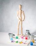 Kunstmannequinpalette und -farbe Stockfotografie