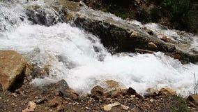 Kunstmatige watervallen stock footage