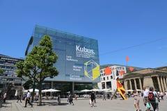 Kunstmuseum morgens Schlossplatz, Stuttgart, Deutschland lizenzfreie stockfotos
