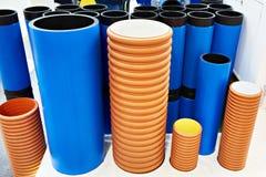 Kunststoffrohre für Abwasserkanal und Wasserversorgung Stockfotografie