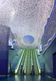 Kunststromkreis der Neapel-Metros, Untertagedurchgang von Toledo-Station Lizenzfreie Stockfotos