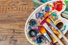 Kunstversorgungen für Schule Stockfotos