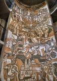 Kunstwerk binnen de Ronde hoek van het torenzuidoosten, versterkte kerk van St Michael stock foto