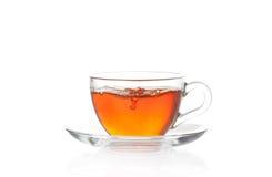 Kupa av hoad svart tea med luftar bubblar Royaltyfria Bilder