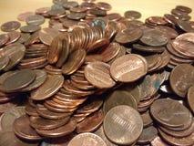 Kupferne Pennys, amerikanisches Geld, übriges Kleingeld, ein Cent-Münzen, Münzen-Sammeln Stockbilder
