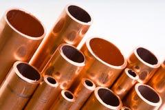 Kupferne Rohre des unterschiedlichen Durchmessers Lizenzfreies Stockbild