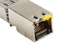 Kupfernes SFP-Modul lokalisiert auf weißem Hintergrund stockfoto