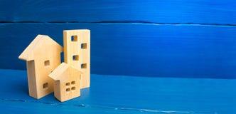Kupienie i sprzedawanie nieruchomo??, budowa Mieszkania i mieszkania Miasto, ugoda minimalista Dla prezentacj obrazy royalty free