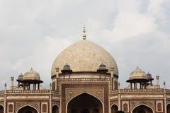 Kupol överst av den Humayun's gravvalvet i Delhi Royaltyfri Fotografi