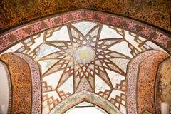 Kupol av Bagh-e-Fenan (fenaträdgårdar), Kashan, Iran. Royaltyfria Bilder