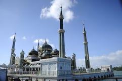 Kupol av Crystal Mosque i Teregganu, Malaysia Royaltyfria Foton