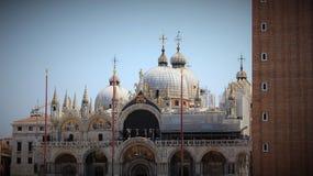 Kupol av den basilika di san marcoen i Venedig arkivbilder
