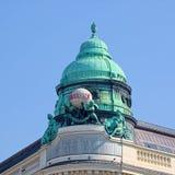 Kupol av den Generali byggnaden i Wien Royaltyfria Foton