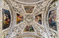 Kupol av den Salzburg domkyrkan, Österrike royaltyfri bild