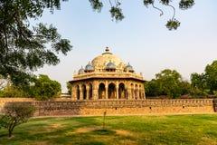 Kupol av det 16th århundradet på Delhi Indien Royaltyfri Bild
