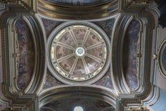 Kupol av kyrkan av St Francis av Valletta för Assisi republikgata Malt royaltyfria bilder