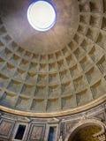 Kupol av panteon, Rome, Italien royaltyfria foton