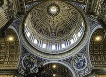 Kupol av St Peters Royaltyfri Fotografi