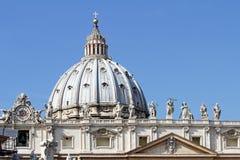 Kupol av Sts Peter basilika, Vatican City, Rome, Italien Arkivbild