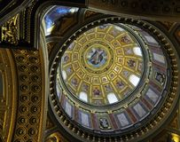 Kupol för basilika för St Stephen ` s - Budapest arkivbild