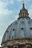 Kupol för St Peter Basilica Royaltyfri Bild