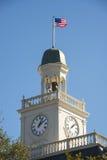 Kupol med flaggan Royaltyfria Foton