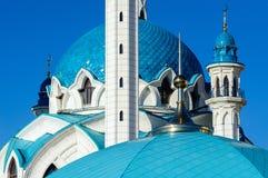 Kupolen av moskén av Kul-Sharif i Kazan kremlin royaltyfria foton
