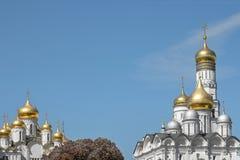 Kupolen av närbilden för ortodox kyrka royaltyfria foton