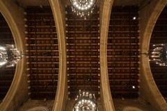 Kupolen av offentligt rum i Cityhall av Barcelona Arkivbilder