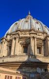 Kupolen av St Peter ` s i Rome, sikt från taket Royaltyfri Bild