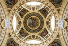 Kupolen av Szechenyi bad, Budapest Royaltyfri Fotografi