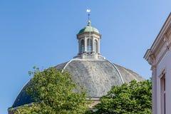 Kupolformig kyrka i Arnhem i Nederländerna arkivfoto