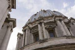 Kuppel von St Peters - Vatikan Stockfoto