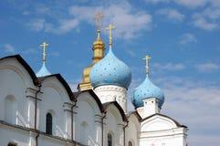 Kuppeln der Kirche Stockbild