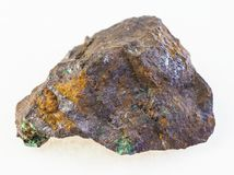 kupryt i malachit w szorstkim limonitu kamieniu fotografia stock