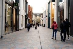 Kupujący w Boind ulicie Chelmsford fotografia royalty free