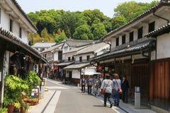 Kurashiki, Japon 11 mai 2017 : touristes sur la vieille rue Photo stock