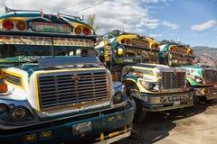 Kurczaków autobusów zbliżenie w San Pedro losie angeles Laguna Gwatemala Zdjęcia Stock