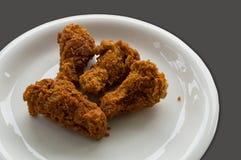 Kurczaków drumsticks pikantność piec smażącego przekąski gorącego zielarskiego pojęcie Obrazy Royalty Free