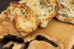 kurczak grillowany stek Żywienioniowy jedzenie dla atlet Zdrowej diety posiłki pieczony kurczak Stek przygotowywający dla grilla Obraz Royalty Free