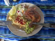 Kurczak najwięcej pospolitego jedzenia w Ameryka Środkowa Gwatemala zdjęcia royalty free