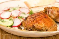 kurczak piec chlebowa sałatka zdjęcie royalty free