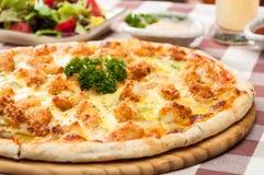 Kurczak pizza Zdjęcia Royalty Free