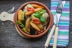 Kurczak z dzieci warzywami Zdjęcie Stock