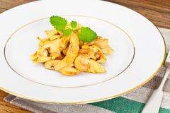 Kurczak z nerkodrzew dokrętkami i soja kumberlandem kuchnia azjatykcia Zdjęcia Royalty Free