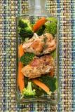 Kurczak z warzywami obrazy stock